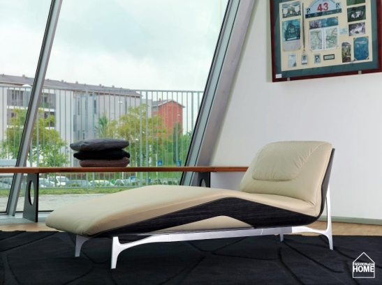 Mercedes_Benz_Style_2013_Chaiselongue
