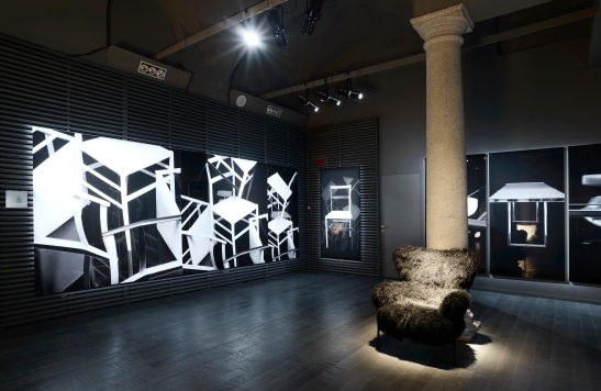CASSINA Karl Lagerfeld photographie Cassina Milano via Durini_6