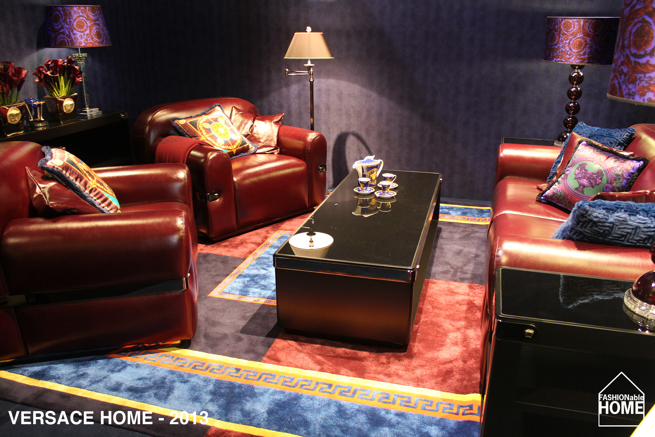 versace home milano 2013 fashionable home blog. Black Bedroom Furniture Sets. Home Design Ideas