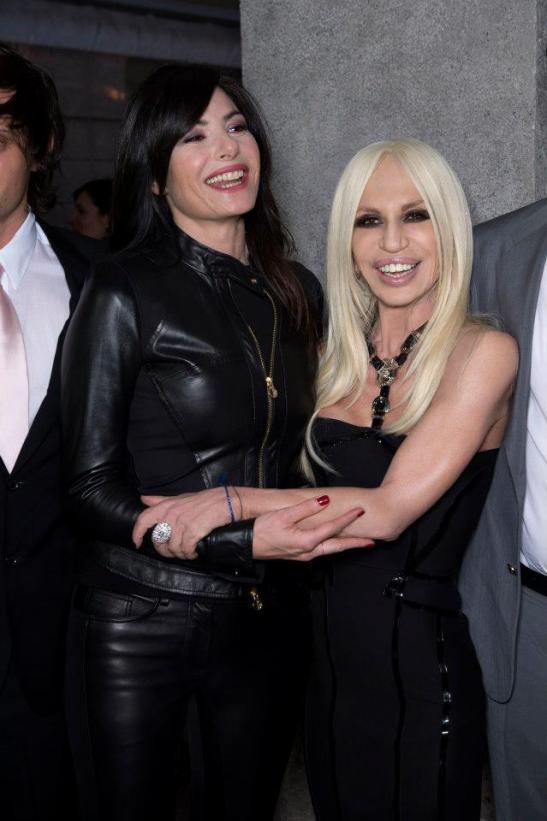 Donatella-Versace-with-Ilaria-DAmico