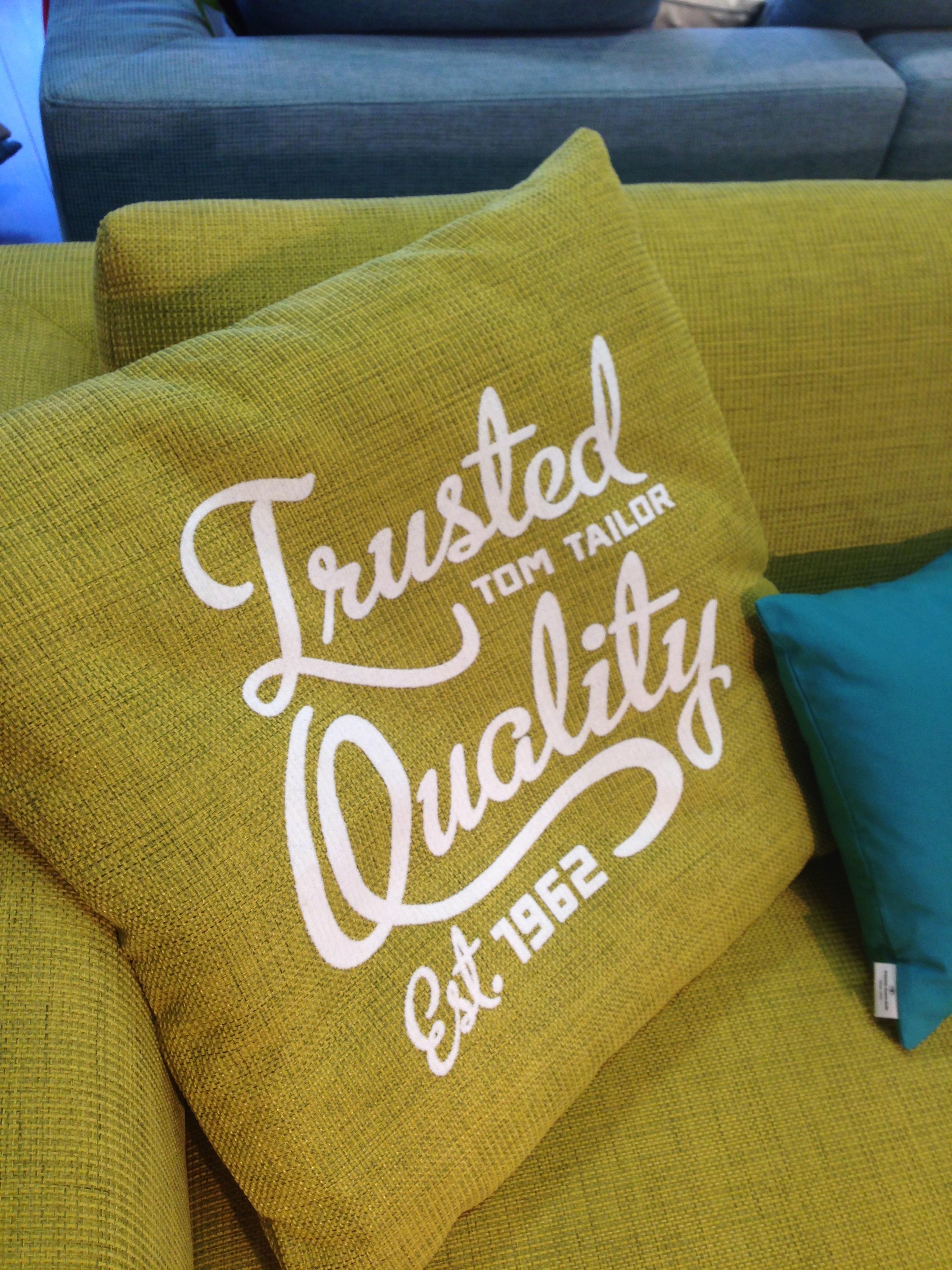 tom tailor colors new colorful sofa range fashionable. Black Bedroom Furniture Sets. Home Design Ideas