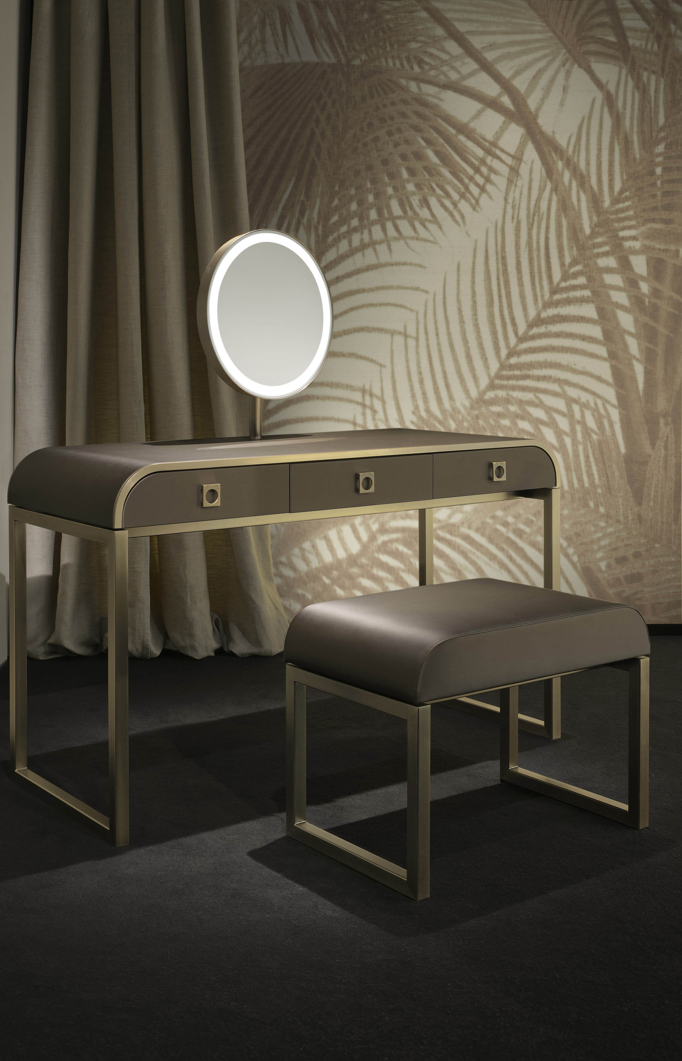 Armani Casa Introduces New Wallpaper Collection And 2014