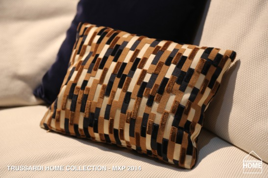 TRUSSARDI_CUSHION