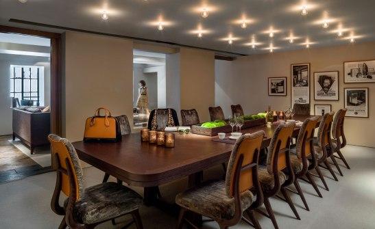 01_Louis-Vuitton_Apartment