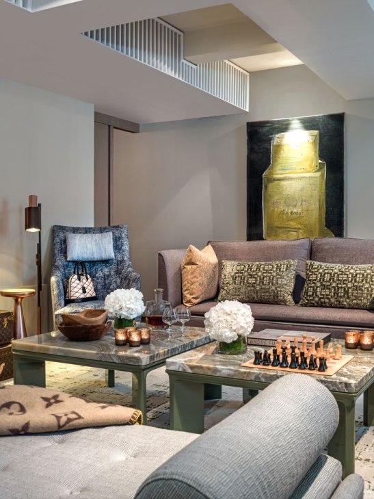 08_Louis-Vuitton_Apartment