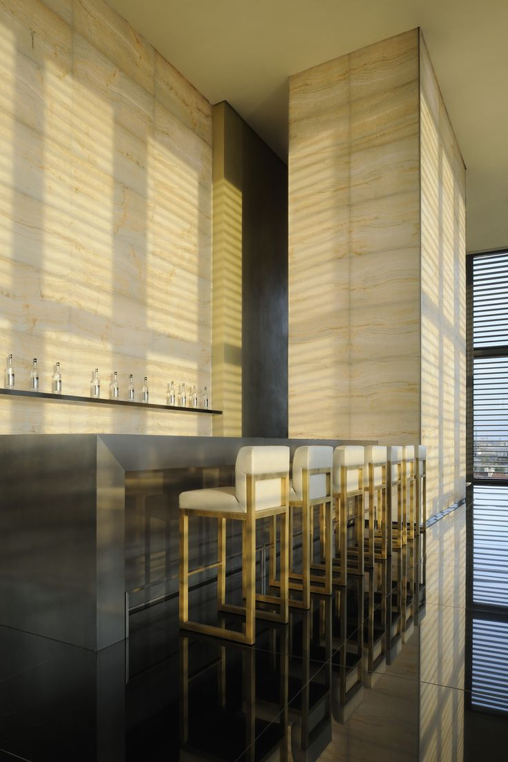 Armani casa atribute to 40 years of giorgio armani for Casa del design milano